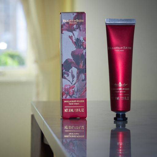 the-somerset-toiletry-company-beauty-of-bath-vanilla-baies-rouges-hand-cream