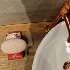 the-somerset-toiletry-company-beauty-of-bath-vanilla-baies-rouges-soap