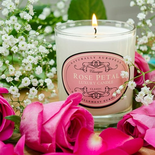 somerset-toiletry-company-naturally-european-rose-petal-candle-min