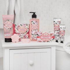 the-somerset-toiletry-company-aromas-artesanales-de-antigua-aaa-peony-plum-collection