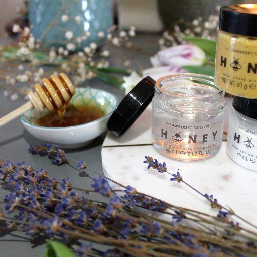 Honey Pedicure Set