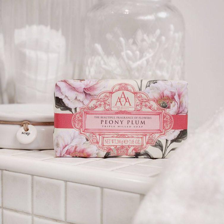 the-somerset-toiletry-company-aromas-artesanales-de-antigua-aaa-peony-plum-soap-lifestyle