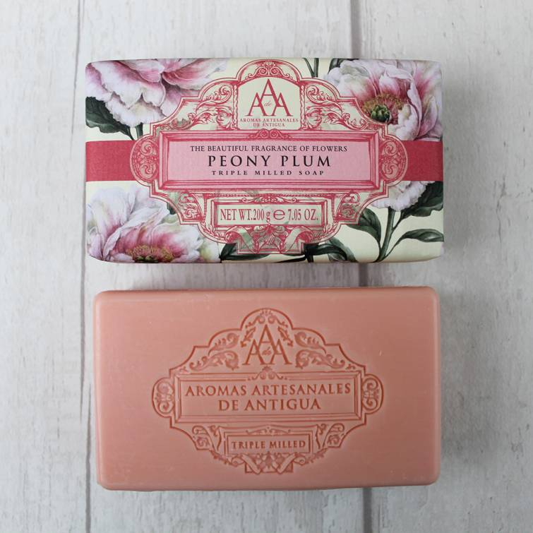 the-somerset-toiletry-company-aromas-artesanales-de-antigua-aaa-peony-plum-soap-open