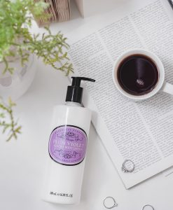 the-somerset-toiletry-company-naturally-european-body-lotion-plum-violet-lifestyle