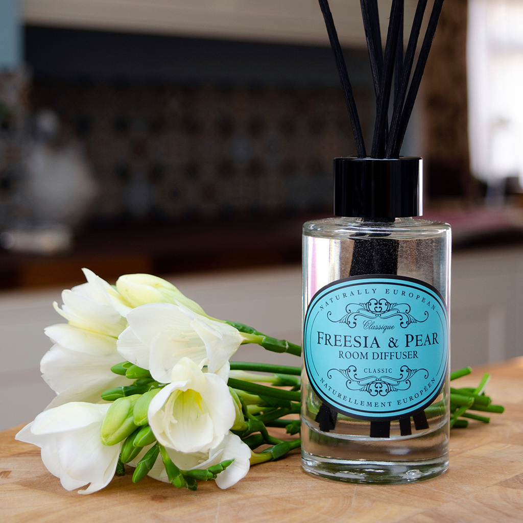 the-somerset-toiletry-company-naturally-european-room-diffuser-category-banner