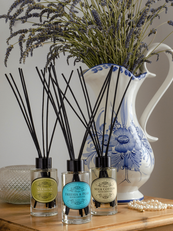 naturally-european-room-diffuser-verbena-freesia-and-pear-milk-cotton