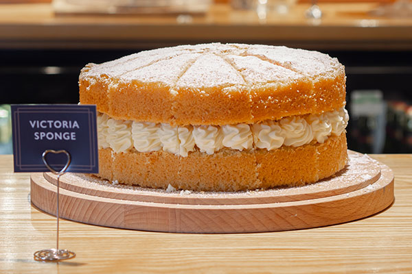 the-soap-bar-cafe-cake-victoria-sponge