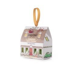 Fizzer House Pine-tree-Cottage-min